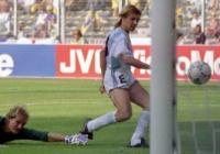 Luca Bruno/AP - 24.jun.1990