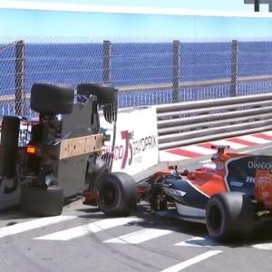 Toque de rodas deixa carro de Wehrlein de lado na pista de Mônaco
