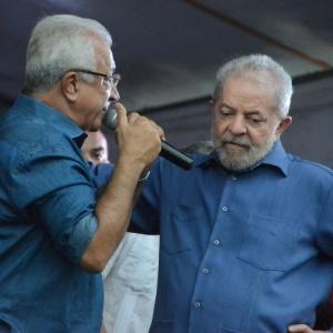 Se a Dilma estivesse aqui, iria reconhecer que teve erro, diz Lula