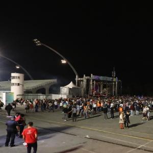 1ª Virada Cultural de Doria tem falhas, shows vazios e muito protesto