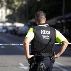 Barcelona: Polícia não soube agir, diz brasileiro que estava no local