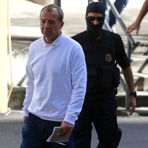 Cabral divide cela com ex-policial militar que escoltou traficantes